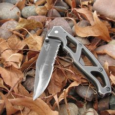 EDC:  ten ways to use a  pocket knife