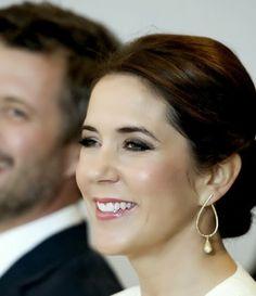 Crown Princess Mary - love her makeup, simple but elegant.