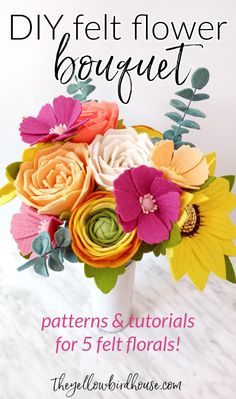 DIY Felt flower bouquet patterns. Learn how to make 5 DIY felt florals with these patterns and tutorials. Create a stunning bouquet or felt flower wreath home decor. Felt Crafts Diy, Felt Diy, Handmade Crafts, Felt Flower Bouquet, Felt Flower Wreaths, Arts And Crafts Projects, Crafts For Teens, Diy Projects, Handmade Flowers