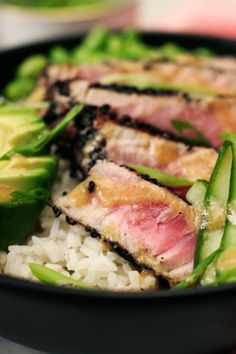 Recipes Videos Looking for a fresh and filling lunch that won't weigh you down? Using Riceland Sushi Rice, you can make your own seared ahi tuna poke bowl right at home! by Riceland Foods Ahi Tuna Recipe, Tuna Steak Recipes, Sushi Recipes, Seafood Recipes, Asian Recipes, Cooking Recipes, Healthy Recipes, Tuna Steak Sauce, Fresh Tuna Recipes