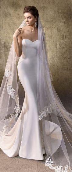 gefunden bei HAPPY BRAUTMODEN         Brautkleid Hochzeitskleid edel elegant romantisch Enzoani Blue Beautiful fließender Rock Spitze