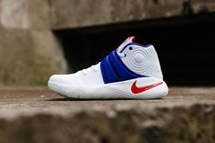new concept 79451 e21db NIKE KYRIE 2 USA HOME OF BRAVE 4TH JULY WHITE RED BLUE 819583 164