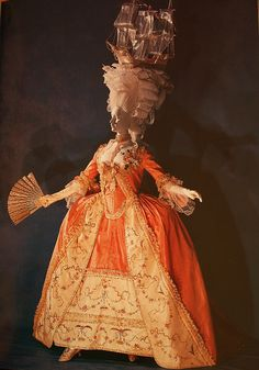 Gown, 1780, French, Kyoto Costume Institute. Fantastic recreation of the famous Marie Antoinette ship hairstyle.