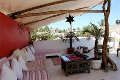 I think I just found my next vacation destination: the Petit Hotel Hafa in Sayulita, Mexico. The six-room hotel sits just a few blocks from the beach, and has been decorated with Mexican, Mediterra…