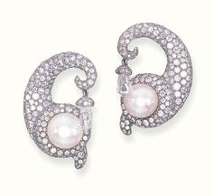 A PAIR OF DIAMOND AND PEARL EAR PENDANTS, BY JAR