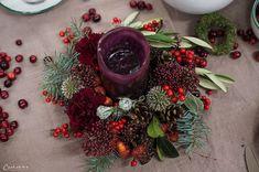 Weihnachtskränze, Adventskränze, Weihnachten, Kränze, Dekoideen, Winter, DIY, Weihnachtsmenü, Glühwein, Spekulatiusgugelhupf, Herbst- und Wintergemüse-Auflauf, Käsesouffle, Filetköpfe, Selleriegemüse, hausgemachtes Pesto, One Pot Apfel Most Hendl, Adventfeier, Weihnachtsfeier, advent wreath, christmas wreath, wreaths, christmas, decor, decoration ideas, christmas menu, mulled wine, speculoos bundt cake, winter vegetables, cheese souffle, filet heads, one pot apple cider chicken, christmas… Christmas Wreaths, Winter Diy, Holiday Decor, Party, Red, Home Decor, Natural Materials, Christmas Time, Celebration