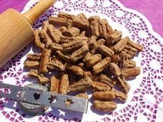 Psí recept - drštkové krokety Almond, Dog Cat, Chicken, Pets, Masky, Food, Gucci, Almonds, Meals