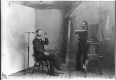 The history of photography has roots in remote antiquity with the discovery of the principle of the camera obscura (a dark room) and the obs. Camera Obscura, Metal Gear Solid, First Photograph Ever Taken, Old Photos, Vintage Photos, Vintage Stuff, Louis Daguerre, Victorian Photography, Vintage Photography