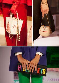 A Kate Spade New York acaba de ganhar o (recém inaugurado) prêmio J&M de bolsas mais fofas do ano!!!!! Vem ver o que a grife mostrou no desfile que rolou na semana de moda de Nova Iorque, essa semana: E as roupas? Ah, ficaram em segundo plano…