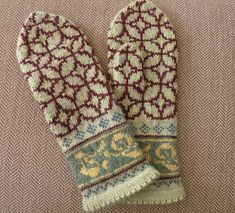 Free Tiffany by Sabine Riefler love the colors chosen by Maxine Daley Mittens Pattern, Knitted Gloves, Knitting Socks, Fair Isle Knitting, Hand Knitting, Wrist Warmers, Hand Warmers, Knitting Charts, Mittens