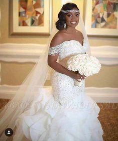 Elegant Off-the-Shoulder Appliques Sleeveless Mermaid Lace Wedding Dress | www.babyonlinewholesale.com