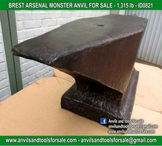 Ask for price with ID0821 on anvilsandtoolsforsale@gmail.com All pictures of all anvils on our website anvil for sale, anvils, blacksmith, blacksmiths, blacksmithing, antique tools, tool collector, swage block, stake, cone, cutler, french pig, amboss, incudine, schmied, forgeron, forge, enclume, forged, blacksmith tools, old tools, vintage tools, handtools, iron work, vise, stake, coutellier, chamouton, hulot harmel, collection, outil ancien, outils anciens, bigorne, art populaire, enclume