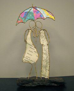 Pärchen aus Draht mit buntem Regenschirm IMG_2047