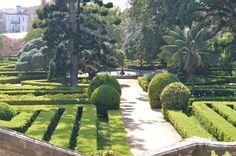 jardim Botânico da Ajuda Portuguese, Stepping Stones, Blog, Garden, Outdoor Decor, Home Decor, Stair Risers, Garten, Decoration Home