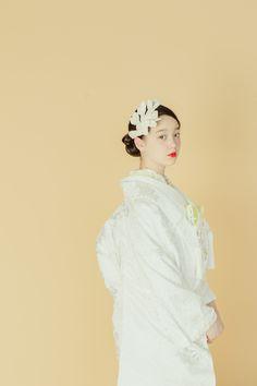 Wedding Kimono, Wedding Dresses, Japanese Brides, Wedding Shoes Heels, Japanese Characters, Yukata, Red Carpet Dresses, Wedding Images, Traditional Outfits