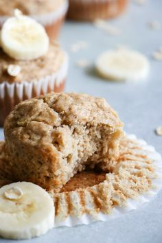 Are you tasting a delicious muffin on a Weight Watchers diet? Here are some of the BEST Weight Watchers muffin recipes. Easy WW muffin ideas that make a great treat, snack, dessert or grab and go breakfast. Banana Oatmeal Muffins, Healthy Banana Muffins, Banana Oats, Banana Bread, Banana Recipes, Muffin Recipes, Baby Food Recipes, Dessert Recipes, Ww Recipes