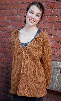 Buckland is a no-sew, knockaround pullover knit side-to-side in a bulky yarn. Directions are for women's size X-Small.  Changes for sizes Small, Medium, Large, 1X and 2X are in parentheses