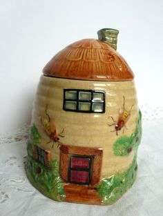 Japanese honey pot, vintage 1930s honey pot, glazed cream beehive with door and windows, bees and flowers