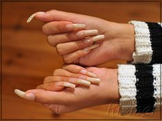 Very long with clear coat and very natural real beauties Sexy Nails, Love Nails, Trendy Nails, Fun Nails, Nail Growth Tips, Long Red Nails, Curved Nails, Long Natural Nails, Exotic Nails