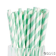 Find a variety of Mint Green Wedding Supplies at Oriental Trading. Accent your Mint Green Wedding Theme with decorations and Mint Green wedding supplies. Enjoy our Wedding Shop By Color experience for your special day. Mint Green Aesthetic, Aesthetic Colors, Music Aesthetic, Mint Color, Green Colors, Vase Vert, Aesthetic Header, Pastel Mint, Paper Straws
