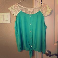 My Michelle tie front top size large Tie front button up lace detail top My Michelle Tops Blouses