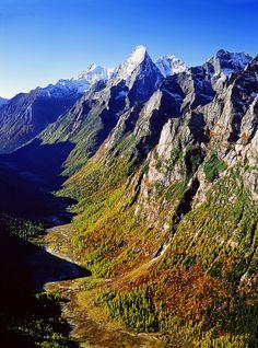 Mountains to Climb – the Himalayas
