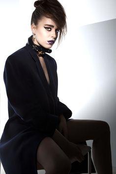Photo: Olga Jakovleva Style: Jekaterina Mirmanova Hair: Oksana Kirilenko (Beauty zone) Make up: Zane Eikena, Maria Eiferova Model: Viola (Freyja model management) Theme: 80s – 90s