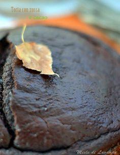 Torta con zucca e cacao.