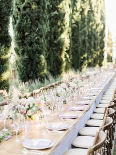 This weekday celebration brings together the classic formal beauty of a black-tie affair with the elegant charm of an alfresco garden wedding all set against the backdrop of Greystone Mansion. Pastel Photography, Spring Wedding Decorations, Black Tie Affair, Botanical Wedding, Reception Table, Wedding Sets, Wedding Tables, Wedding Receptions, Rustic Chic
