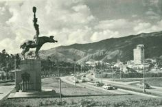 Estatua de Maria Lionza en la Fco Fajardo 1953