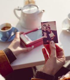 Prynt Case - http://fr.belzino.com/d38a8 -  Imprimez vos photos n'importe où et n'importe quand par #prynt #photo #smartphone #polaroid #BFMAcadémie