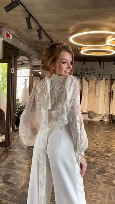 Bridal Outfits, Dress Outfits, Fashion Dresses, Dream Wedding Dresses, Wedding Gowns, Detachable Wedding Dress, Event Dresses, Classy Dress, Pretty Dresses