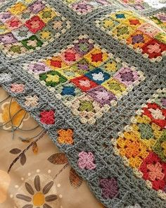 Yarn Crochet Projects Suzanne Border detail - needs blocked, but finished at last 🙌 (Border pattern from Around the Corner by Edie Eckman) Granny Square Crochet Pattern, Afghan Crochet Patterns, Crochet Squares, Crochet Granny, Knitting Patterns, Granny Squares, Granny Square Quilt, Mode Crochet, Crochet Home