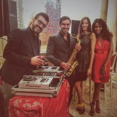 Special team for xmas cocktail. #dadofunkypoetz #alox #djset #musicdesign #sax