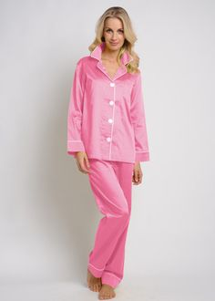 b0f01854b3 28 Best Pajamas and nightgowns and robes. images