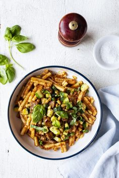 Pasta with Italian sausages and zucchini with pepper sauce . - Pasta with Italian sausages and zucchini, red pepper sauce – K for Katrine 35 minutes Yummy Pasta Recipes, New Recipes, Italian Sausage Pasta, Italian Sausages, Confort Food, Kitchen Recipes, How To Cook Pasta, Pasta Dishes, Italian Recipes
