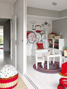 Paneles divisorios para hacer un espacio de juegos en habitaciones infantiles