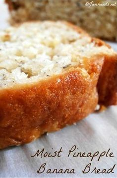 ~~Moist Pineapple Banana Bread recipe banana bread takes a tropical twist with crushed pineapple and coconut. Super moist and magically delicious Jam Hands~~ Pineapple Banana Bread Recipe, Banana Bread Recipes, Recipes With Bananas, Pineapple Muffins, Breakfast Bread Recipes, Pineapple Punch, Breakfast Cake, Bon Dessert, Dessert Bread