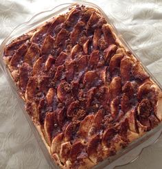 Delicious Apple Cake for Passover that's inspired by a Martha Stewart recipe. For this recipe and others, please visit my Faceboook page Shari Creates  #passover #applecake #sharicreates