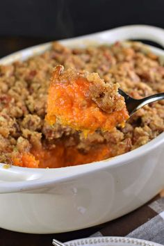 The Best Sweet Potato Casserole recipe with a crunchy pecan streusel topping! The Best Sweet Potato Casserole recipe with a crunchy pecan streusel topping! Ruth Chris Sweet Potato Casserole Recipe, Sweet Potato Cassarole, Sweet Potato Crisps, Sweet Potato Souffle, Potatoe Casserole Recipes, Sweet Potato Recipes, Casserole Dishes, Thanksgiving Casserole, Thanksgiving Recipes