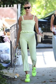 Hailey Baldwin Los Angeles August 2019 - Star Style - Hailey Baldwin Los Angeles August 2019 – Star Style The Effective Pictures We Offer Y. Estilo Hailey Baldwin, Hailey Baldwin Style, Hayley Baldwin, Star Fashion, Look Fashion, Fashion Outfits, Neon Green Outfits, Summer Outfits, West Hollywood