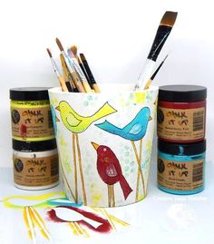 Jeanne Streiff combined StencilGirl's Tall Birds stencil and Earth Safe Finishes Chalk It Up Paints to make this darling paint brush holder. Cutting Edge Stencils, Bar Design, Design Studio, Karim Rashid, Paint Brush Holders, Bird Stencil, Chalk It Up, Mixed Media Collage, Chalets