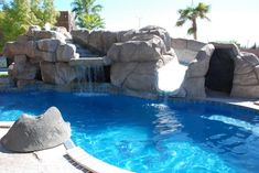 The advantage of having a private pool at home is that we do not have to worry about the cleanliness of the pond water. Of course, the water conditions in the private pool is different from the poo… Swimming Pool Decorations, Small Swimming Pools, Small Pools, Swimming Pools Backyard, Swimming Pool Designs, Jacuzzi, Viking Pools, Pool Colors, Fiberglass Pools