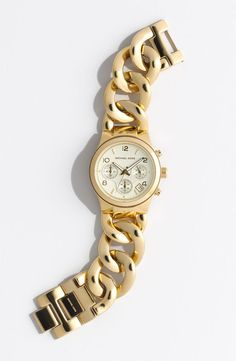 Wrist favorite: Michael Kors Chain Bracelet Chronograph Watch I love a bracelet watch How To Have Style, Jewelry Accessories, Fashion Accessories, Handbags Michael Kors, Mk Handbags, Look Fashion, Fashion Outfits, Michael Kors Watch, Bracelets