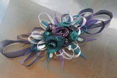 Fabulous Flax Flower Bouquets and Arrangements Table Arrangements, Floral Arrangements, Flax Weaving, Flax Flowers, Flower Centerpieces, Centrepieces, Fabric Roses, Ribbon Work, Arte Floral