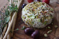 כדור 'גבינה' פרוביוטי, טבעוני, דל בשומן ועשיר בטעם - דובדבנים של טעם