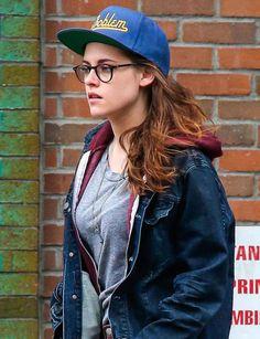 Kristen Stewart wearing round eyeglasses