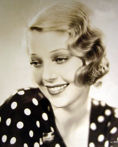 Loretta Young ♥ 1920's. I knew a Hollywood photographer from the 30's who said she was the most genuinely nice person he photographed.