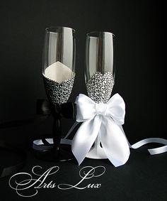 https://www.etsy.com/listing/128037907/elegant-champagne-wedding-glasses-bride?ref=shop_home_active