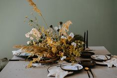 Edgy and Contemporary with Sleek Lines and Wildflowers - The Wedding Notebook magazine Wedding Notebook, Wooden Textures, Rustic Theme, Spice Things Up, Earthy, Pop Up, Wild Flowers, Table Settings, Photos